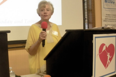 Welcome by Lynn Mudd at the Fundraiser